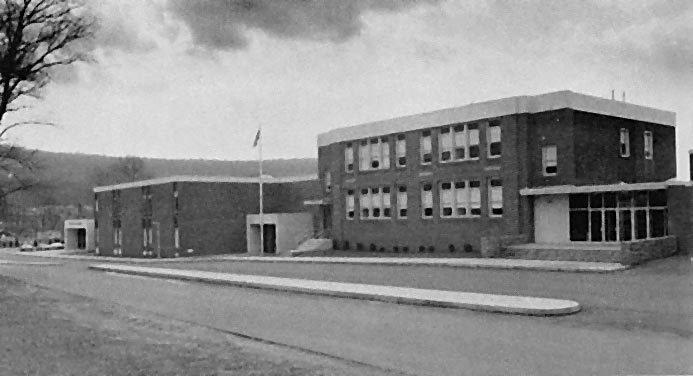 Stony Creek Middle School in 1981, which is now the Mt. Penn High School